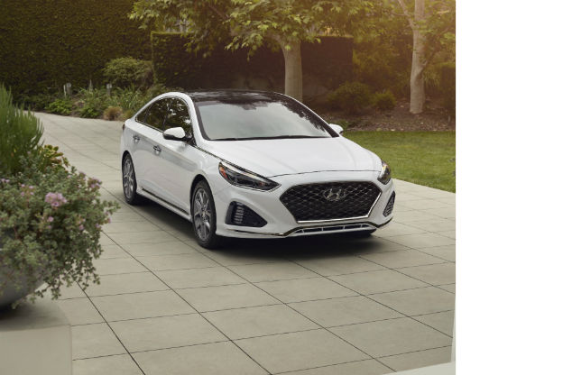 front view of a white 2019 Hyundai Sonata