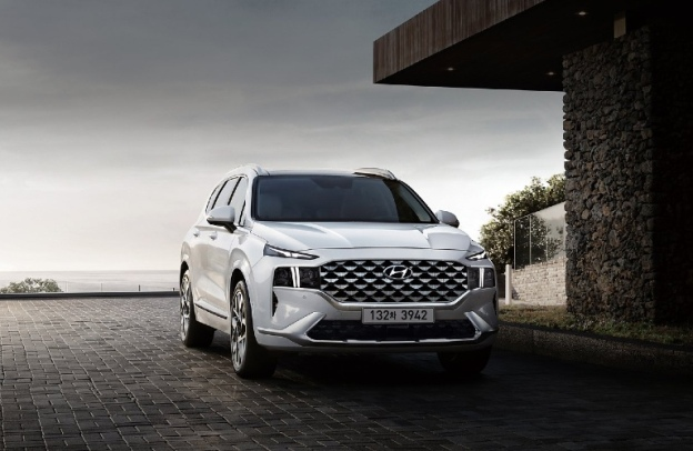 2021 Hyundai Santa Fe by the shoreline